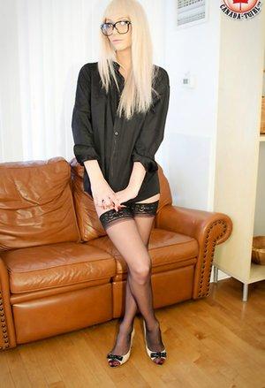 Blonde Ladyboy Pics