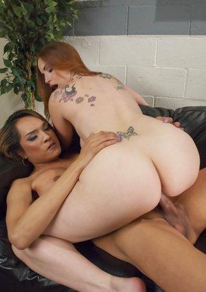 Ladyboy Sex Pics