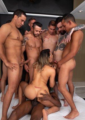 Ladyboy Group Sex Pics